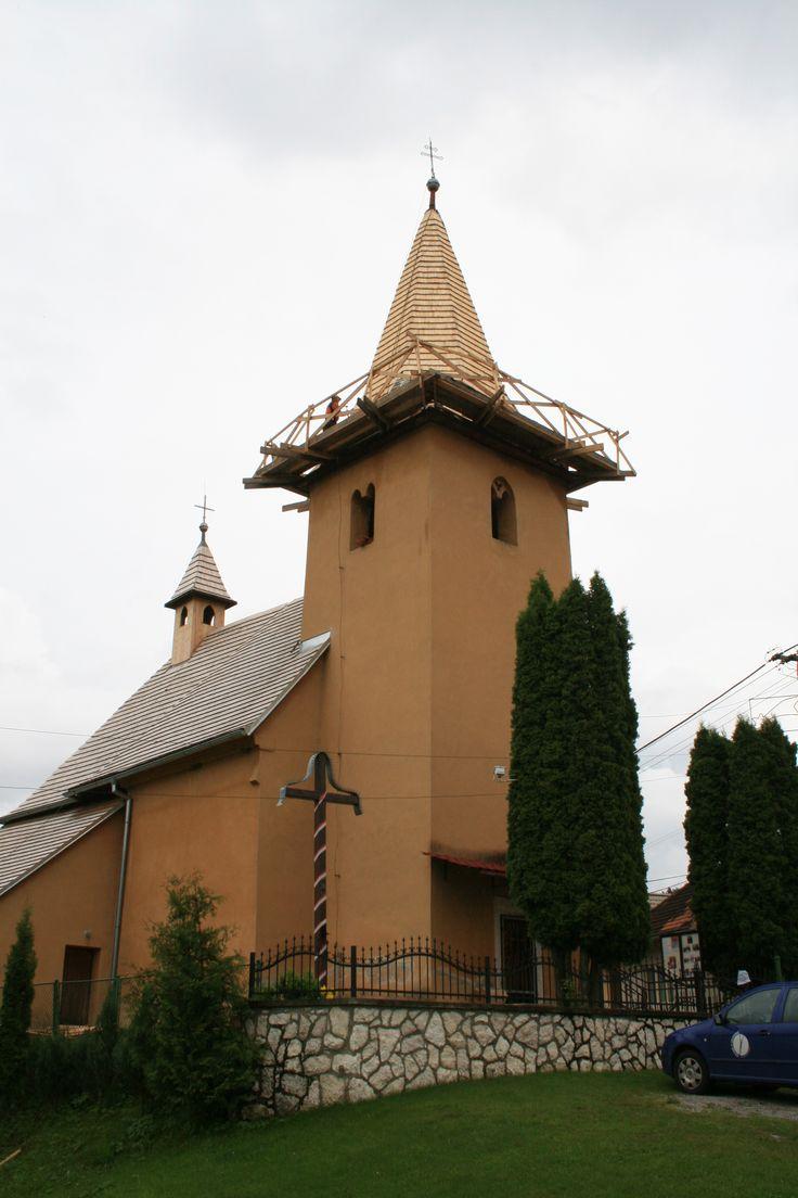 Ohrozený je aj historický kostolík v dedine Vitkovce.