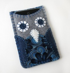 Owl iPod case