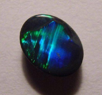 Black Cat's Eye Opal   ct Black Opal aus Lightning Ridge
