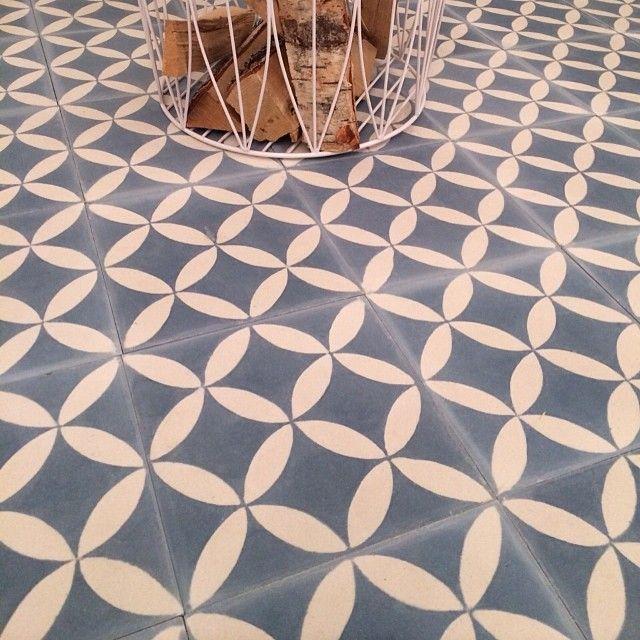 NEWS! Essaouira - gråblå 20x20, 17mm SEK 995/sqm #marrakechdesign #design #essaouira #kakel #klinker #fliser #flooring #marockanskt #Padgram