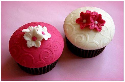 Cupcakes for my party: Flowers Cupcakes, Pretty Cupcakes, Wedding Cupcakes, Red Cupcakes, Food Design, Elegant Cupcakes, Gardens Parties, Cupcakes Rosa-Choqu, Fondant Cupcakes