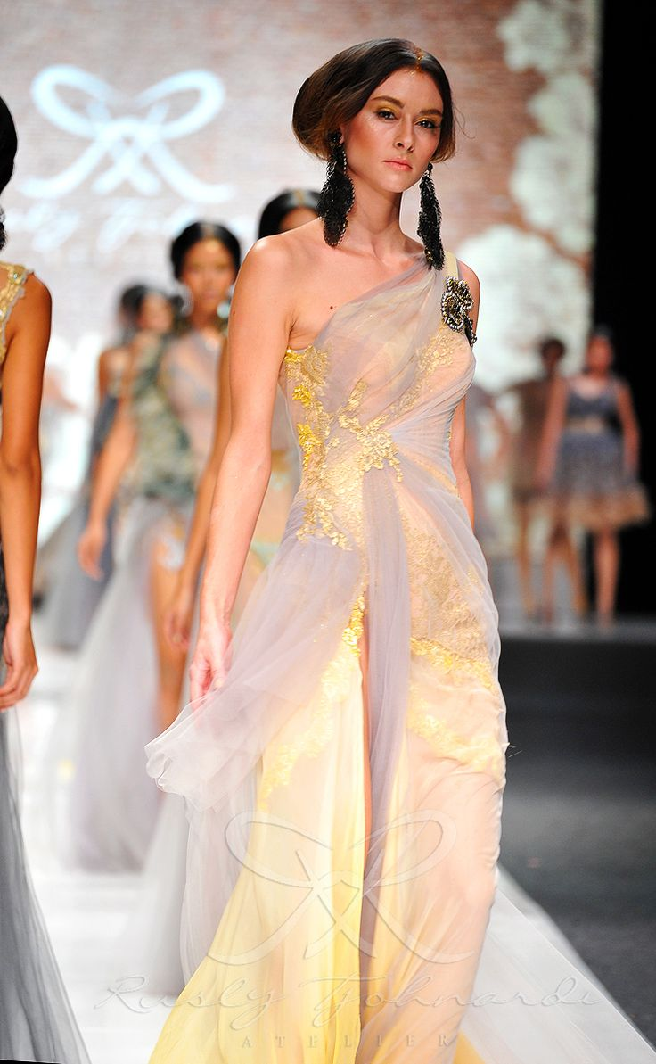 Les Rêves Mirifiques by @Russlly Deathcore Tjohnardi Atelier at Jakarta Fashion Week 2013 #ruslytjohnardi #ruslytjohnardiatelier #lesrevesmirifiques #JFW2013 #JFW #fashionweek #fashion #hautecouture #hautefashion #couture #designer #fashiondesigner #designers #atelier #fashionshow #runway # #style #stylish #love #hair #beauty #beautiful #pretty #pink #dreamy #dream #fantasy #design #model #dress #styles #outfit #jewlery #glam #luxury #yellow