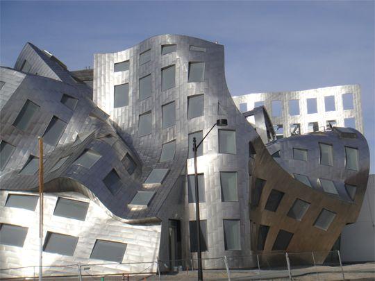 Frank O. Gehry Arquiteto Desconstrutivista | Thoni Litsz