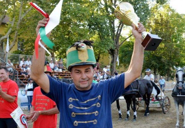 Idén is Csiki Árpád lett Lord Black nyergében a Hírös Vágta győztese