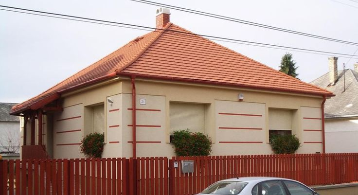 Használt családi ház – Kádárkocka