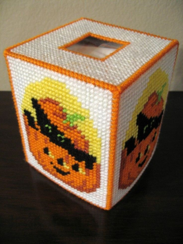 how to make a plastic canvas tissue box cover