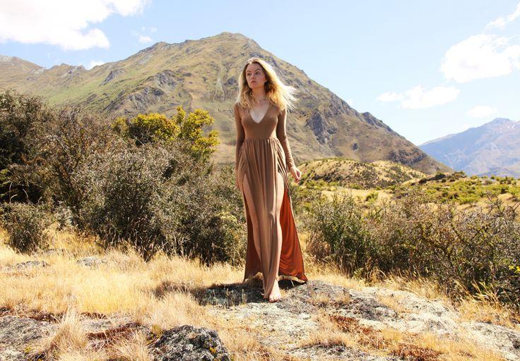 Wanaka, New Zealand #newzealand #traveling #fashionbyelin #elinhansson #fbyelin #dress