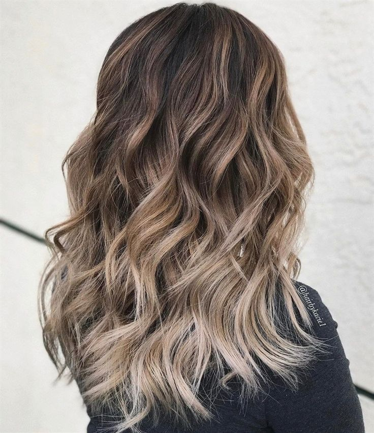 Finest Ash Blonde Hair Shade Concepts to Encourage You