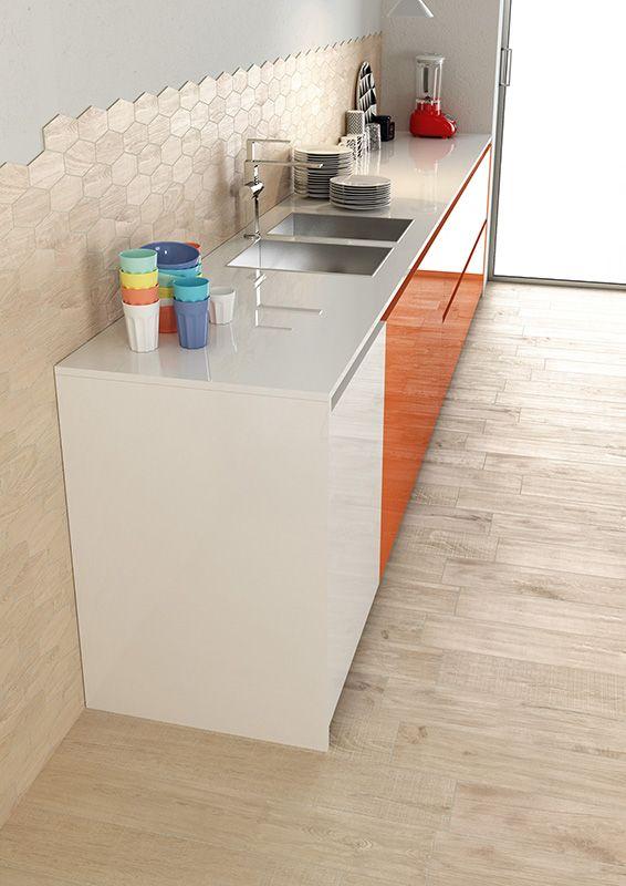 Kitchen_Herberia_ Natural Wood floortile and walltile Almond 15x90. Cucina_Herberia_serie Natural Wood pavimento e rivestimento Almond 15x90