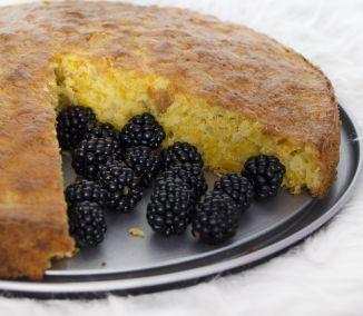 Tekvicový koláč chutí podobne ako bábovka, je vláčny a skvele sa hodí ku rannej…