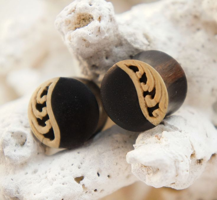 Low Relief Crocodile Wood Floral Carving on Ebony Wood Double Flared Plugs #woodplugs #plugs #lace #handcarved #wood #jewelry