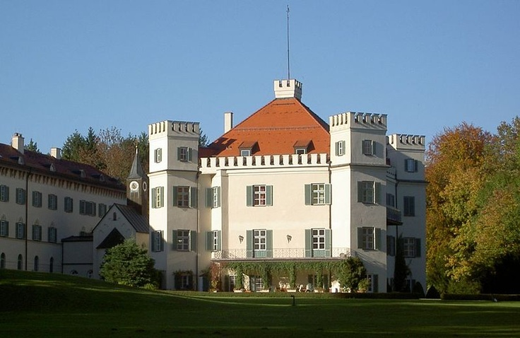 Schloß Possenhofen, on the Starnberger See in Bavaria-- about 18 miles from Munich. Empress Elisabeth'a childhood home.