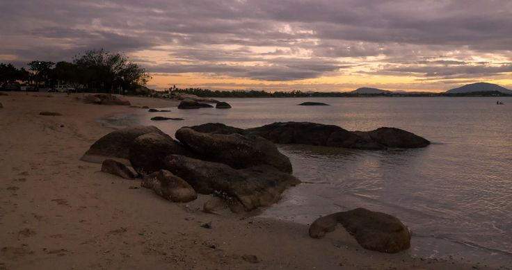 Sunsets are simply magical in the Whitsundays…    #lovewhitsundays #thisisqueensland #seeaustralia