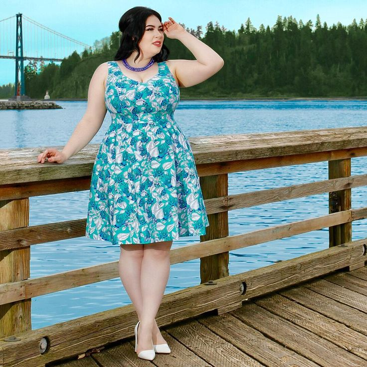 When you can't find the sunshine....be the sunshine! #cherryvelvet #dresses Available in regular and #plussizes #modernvintage #vintageinspired #ethicallymade #madeincanada #plus #plussizeclothing #plussizepinup #psstyle #bodypositive #bopo #pinup #pinupgirl #effyourbeautystandards #selflove #plussizebeauty #bodyconfident #floral #bodylove @veronicabelle_