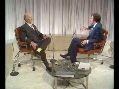 Ralph Richardson - Russell Harty TV Show (1) - YouTube