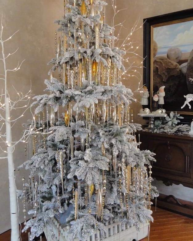 31+ Gold icicles for christmas tree trends