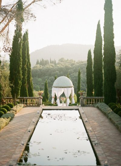 Dreamy French Chateau Wedding: http://www.stylemepretty.com/destination-weddings/2015/04/28/french-riviera-wedding-at-chateau-diter/ | Photography: Brosnan - http://www.brosnanphotographic.com/