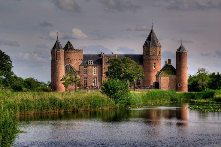 © Zweihorn Kasteel Westhove, Nederland (Westhove Castle, Netherlands)