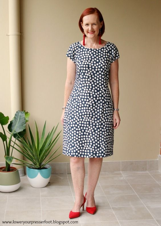 a885913df8878 New Look 6013 polka dot linen dress www.loweryourpresserfoot.blogspot.com