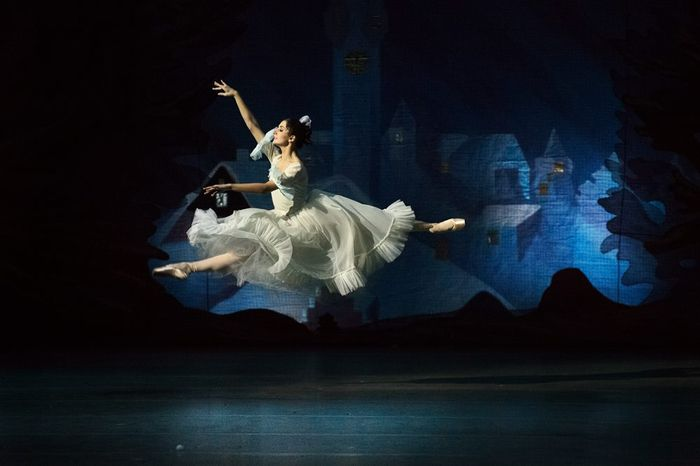Mark Olich Ballet photography (13) (700x466, 194Kb)