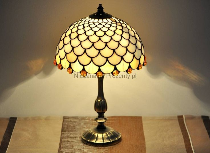 113 best lampy witra owe stained glass lamps images on for Glass bedside lamp shades