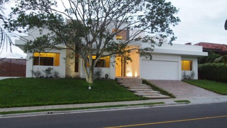 Contemporary intelligent luxury home for sale in Parque Valle del Sol Residential-Home Santa Ana http://american-european.net/listing-contemporary-intelligent-luxury-home-for-sale-in-parque-valle-del-sol-5353.html: Luxury Home