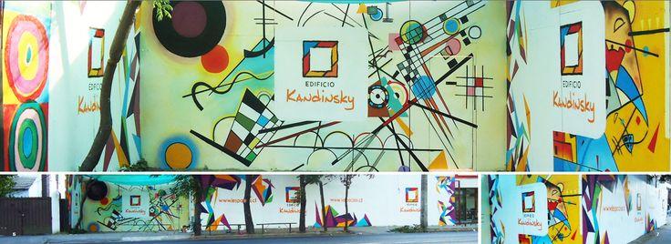 Decoración en fachada. Edificio Kandinsky  #mural #graffiti #streetart #kode #alanzarate