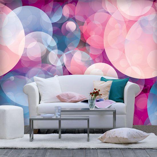 Piękne bańki w cukierkowych kolorach - sprawiają, że wnętrze wygląda ciepło i przytulnie.