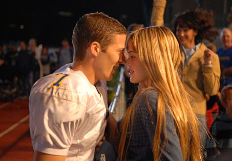 friday night lights tv show | ... show knows how to grab your heart strings and makes you want to love