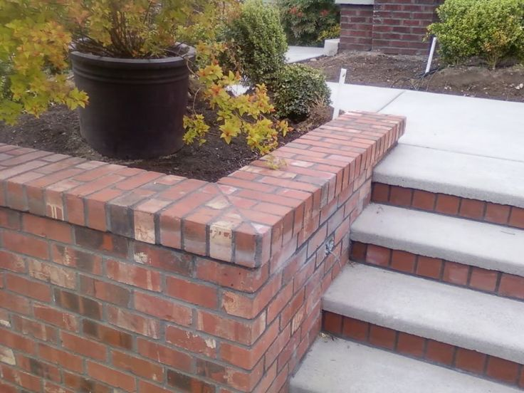 1000 images about garden steps on pinterest hydrangeas for Brick wall patio designs
