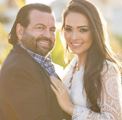 http://www.correiobraziliense.com.br/app/noticia/cidades/2016/07/01/interna_cidadesdf,538637/casamento-de-advogados-em-goiania-causa-alvoroco-nas-redes-sociais.shtml