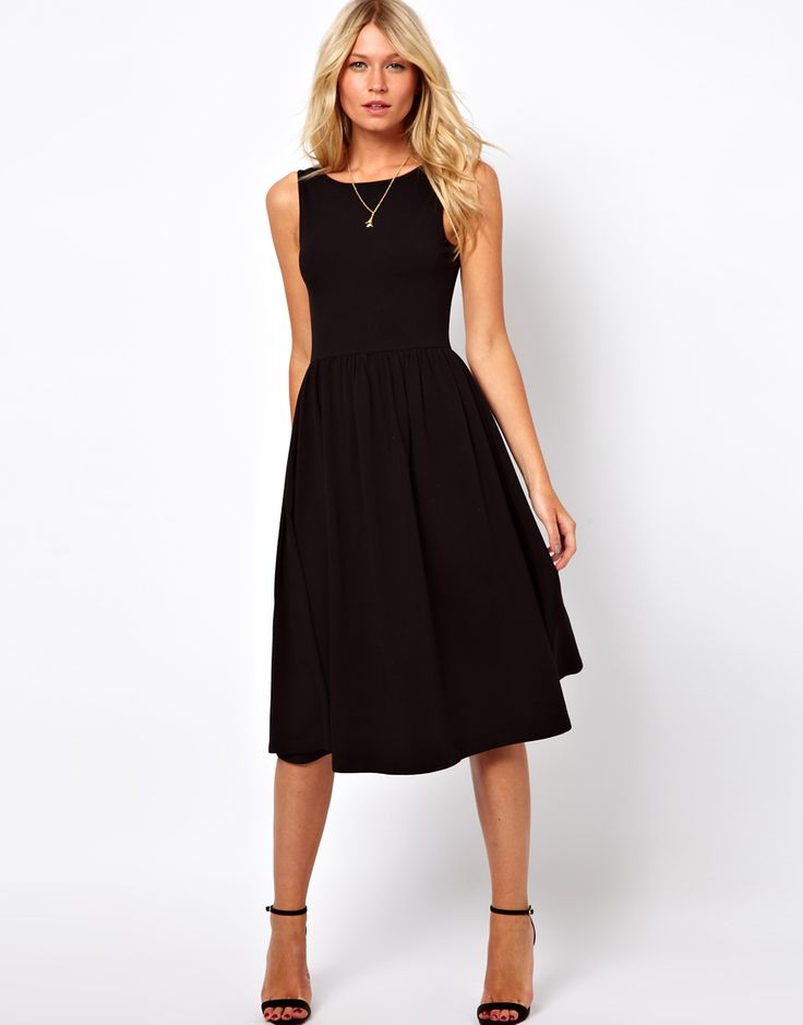 the perfect black midi sundress