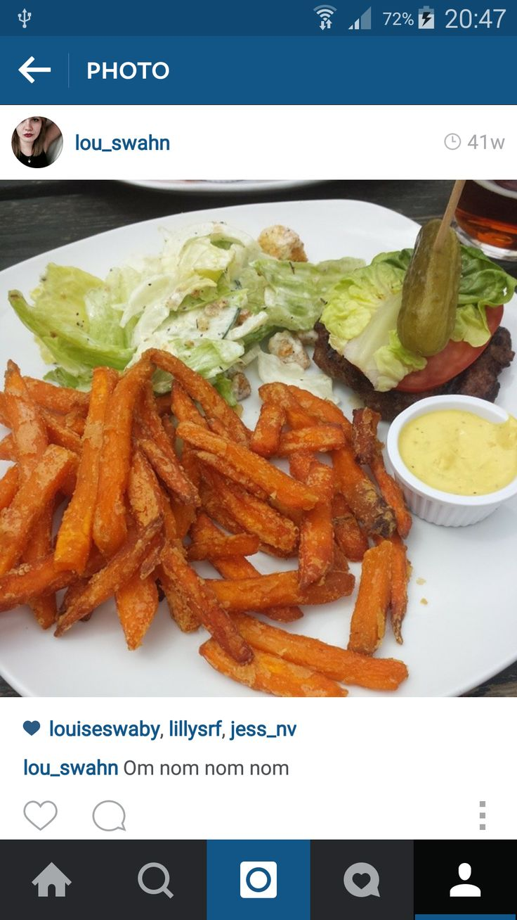 This is a meal I ate out recently- showing there are healthy alternatives when you're going out with friends and family! Sweet potato fries are much more fiberous than their pale cousins, and contain a lot of vitamin A. Bypassing the bun on your burger leaves you with a great meal with less bloat afterwards!