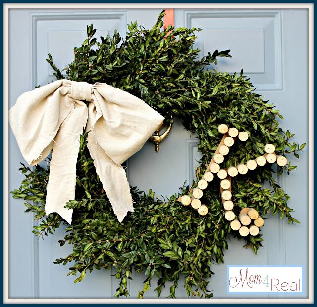 Mom 4 Real: Monogrammed Boxwood Wreath (Front Porch Sneak Peek...)