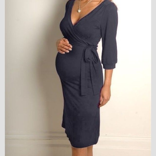 Need a dress like this one! SO gorgeous and accents the bump perfectly!