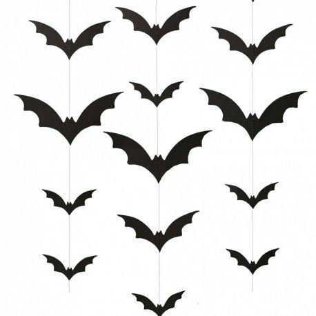 Guirlandes de chauve-souris à suspendre pour décorer votre fête d'Halloween ou pour un anniversaire sur le thème de Batman #fete #anniversaire #chauvesouris #bat #batman #halloween #anniversaire #kids www.rosecaramelle.fr