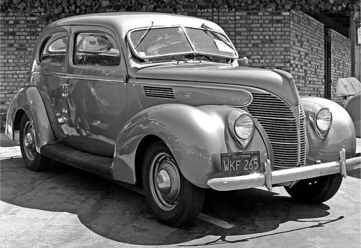 Ford - 1939 Standard