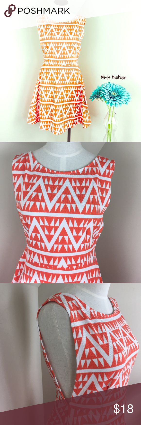 ⭐️En Creme Gorgeous Orange Chevron Dress⭐️ ⭐️En Creme Gorgeous Orange Chevron Dress⭐️ Size Medium. Excellent Condition! This dress is so gorgeous. It contains an open back and pairs perfectly with a cardigan and boots. Next day shipping. All sales are final. Nordstrom Dresses Mini