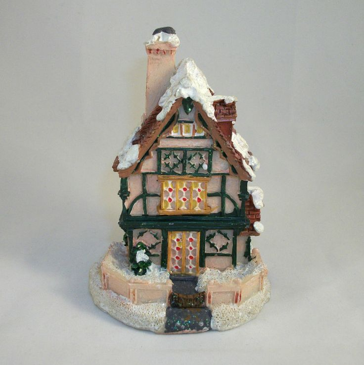 MINIATURE HOUSE for Winter Village-Great for Christmas & Holidays. Excellent Pre-Owned Condition! $9.99 obo (Free S&H)