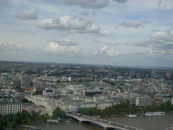 Panorama Londynu z  London Eye.