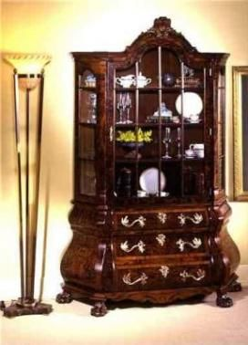 Canterano vitrinas clasicos decoracion de salones ma for Decoracion de salones clasicos