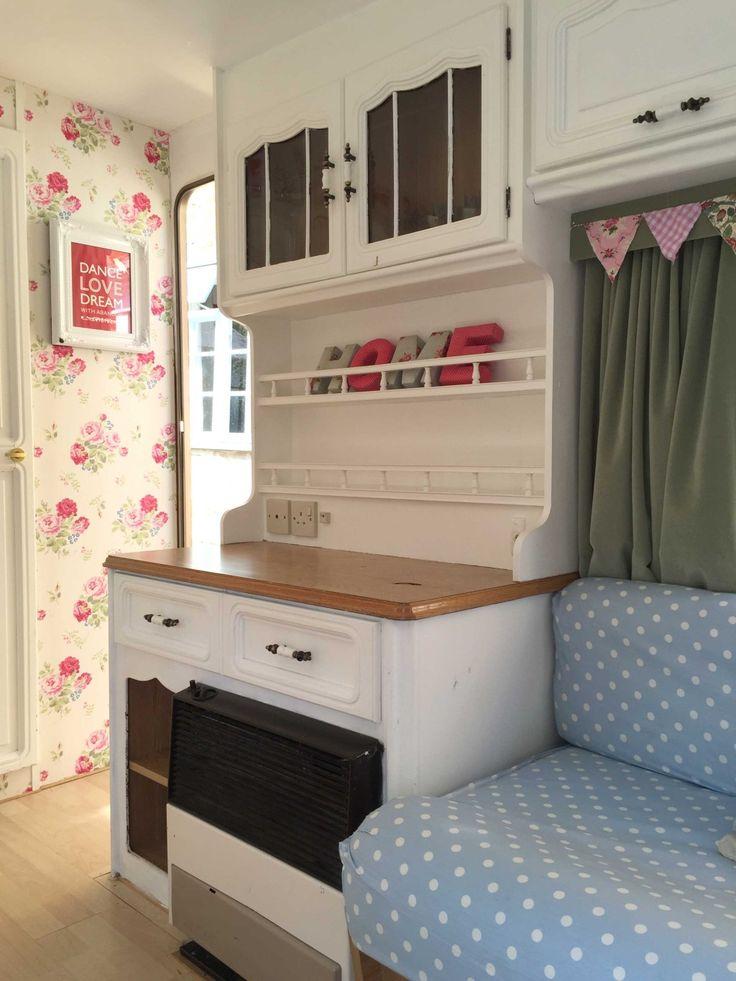 best 25 caravan makeover ideas on pinterest. Black Bedroom Furniture Sets. Home Design Ideas