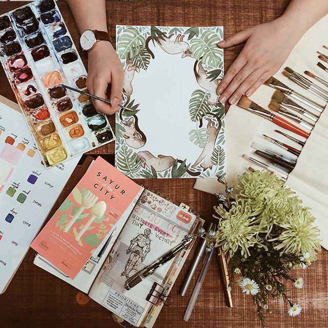 Well spent friday catching up with le illustrator @weinyechen ❤️❤️ #travelersnotebook #midoritravelersnotebook #watercolor #scrapbooking #journal #chochafoodstore #petalingstreet