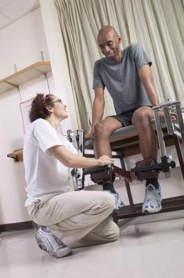 How To Strengthen A Leg After Your Knee Dislocation | LIVESTRONG.COM