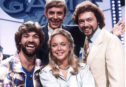 Matthew Kelly again - still beardy, still dressed badly, still in a crap game show. http://www.doyouremember.co.uk/memory.php?memID=1025