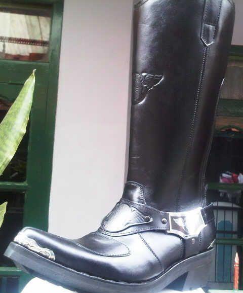 Sepatu Boots Polantas Type C-011PD  DANY :081802060232 / PIN-BB 2316726C   www.ciarmy-boots.com