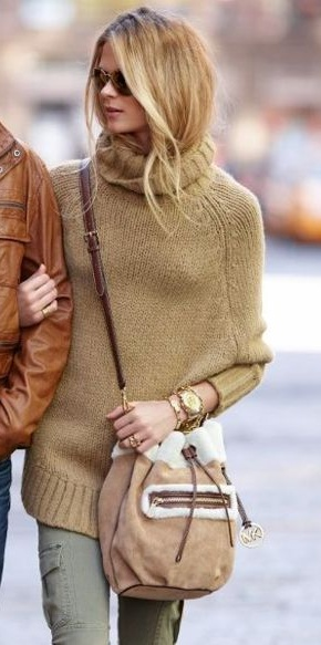 Love all of it. Especially the bag. And the pants. And the soft look of the sweater.