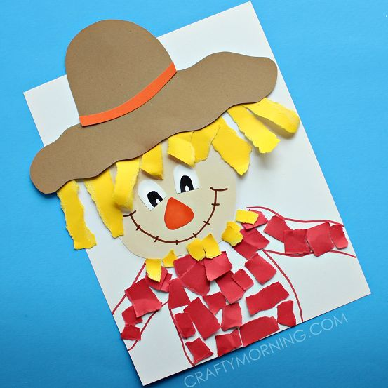 Make a torn paper scarecrow craft with your kids for fall time! Great for fine motor skills too.