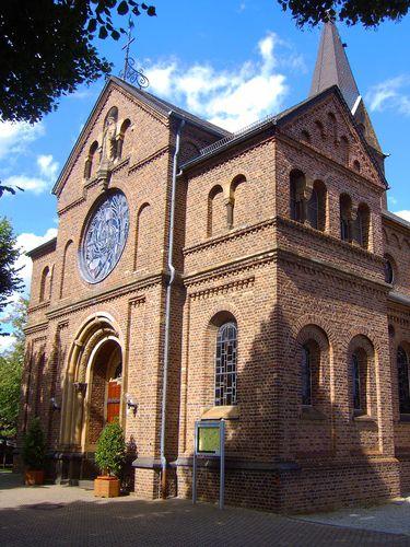 Kirche in Jako