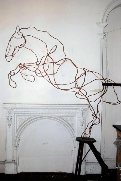 Wired sculpture #art #sculpture pls visit us > www.facebook.com/skalapeter7 ♡